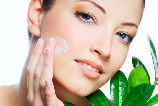 Get-The-Flawless-Skin-By-Spending-10-Minutes-A-Day-Image-2