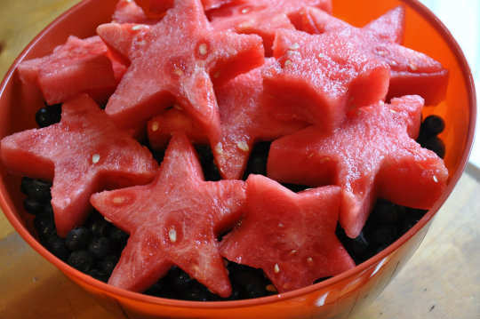 13-foods-to-keep-you-hydrated-watermelon