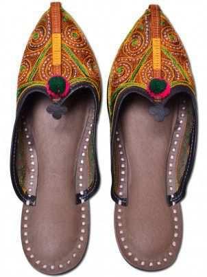 Ethnic Footwears 1