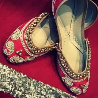 Ethnic Footwears 13