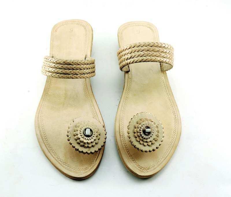 Ethnic Footwears 7