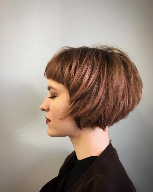 saay stacked short bob with bangs