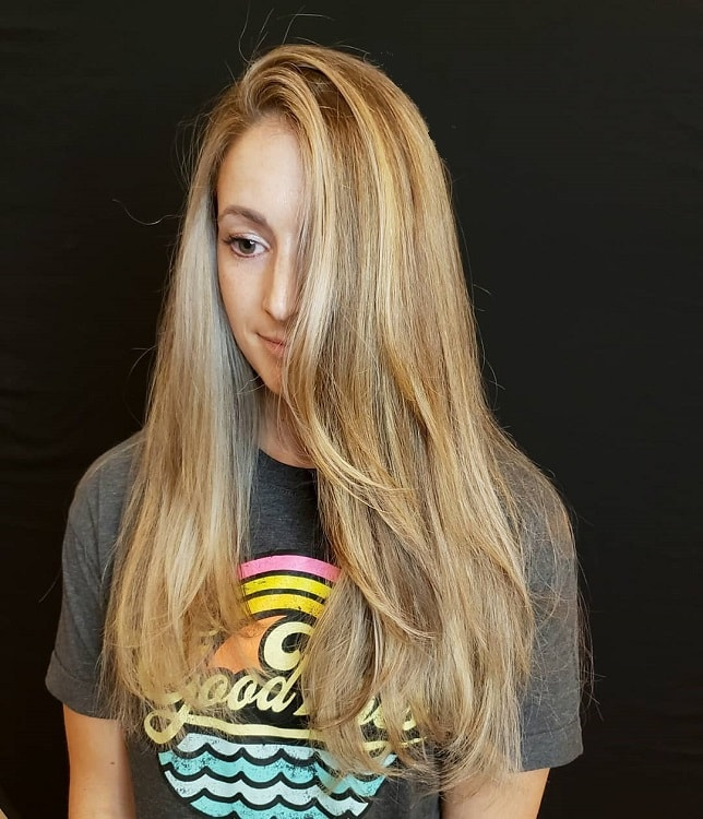 blonde hair with face framing highlights