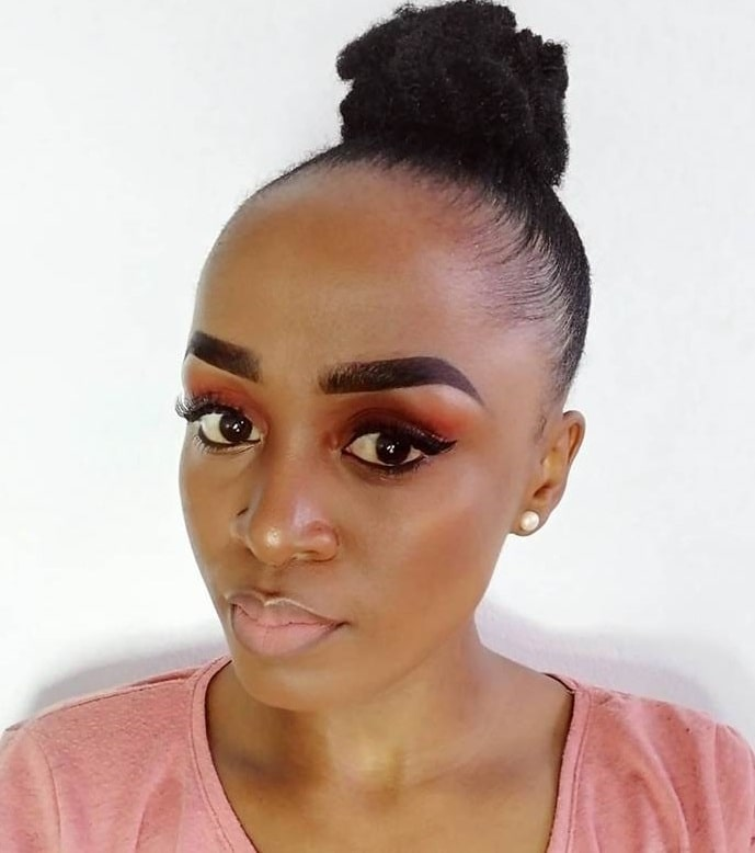 bun hairstyles for girls with big foreheads