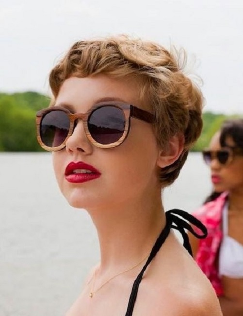 short pixie with waves