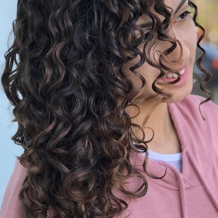 pintura highlights on natural curly hair