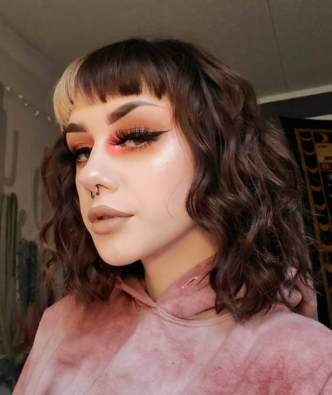 short loose curly hair with bangs