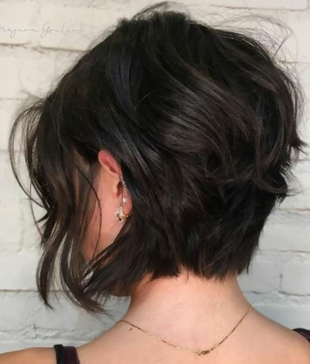 Short Wavy Inverted Bob for Black Hair