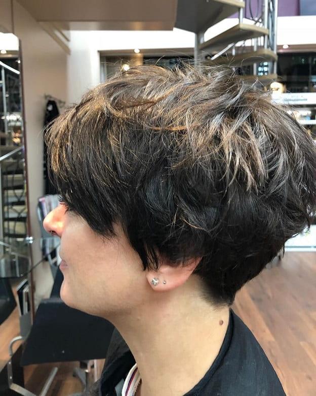 messy short shag for fine hair