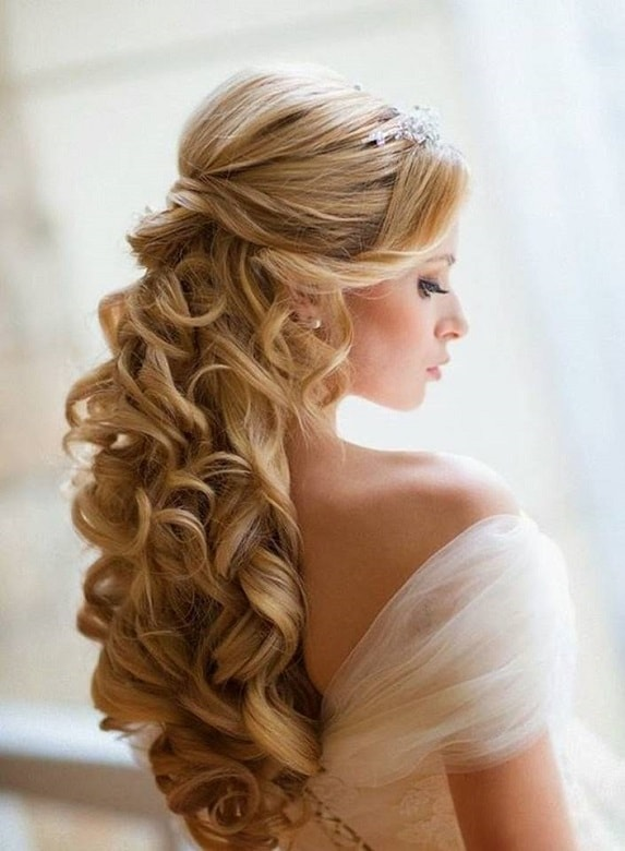wedding hairstyle with waterfall curls