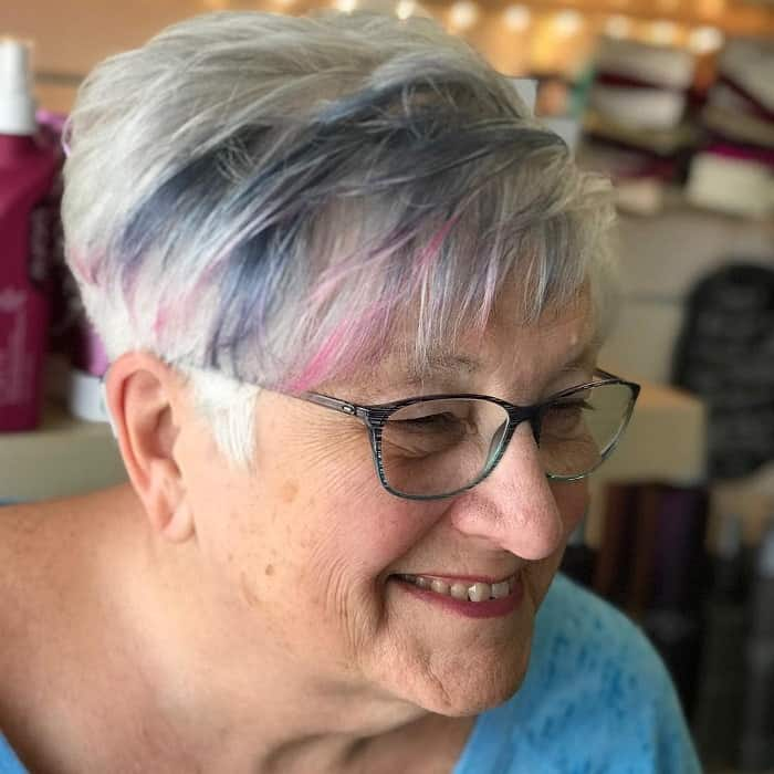short hairstyles for over 50 with glass 5